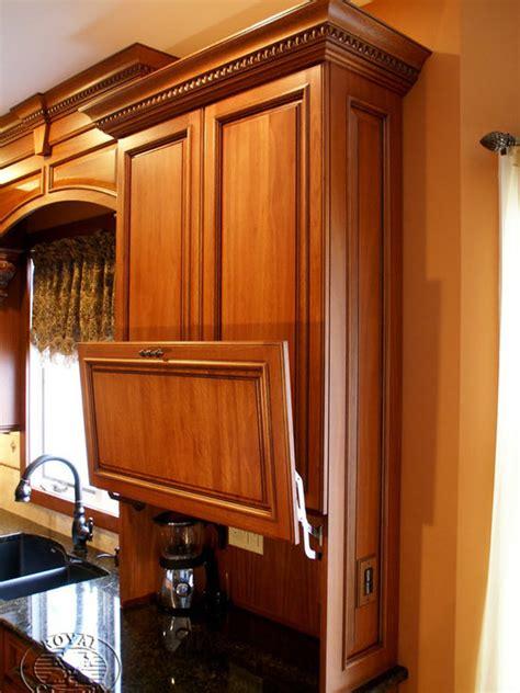 lift  cabinet doors houzz
