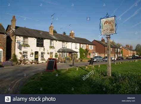buy house sevenoaks the bricklayers arms chipstead near sevenoaks kent england uk stock photo