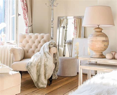 poltrone stile provenzale poltrona provenzale beige divani e poltrone etniche
