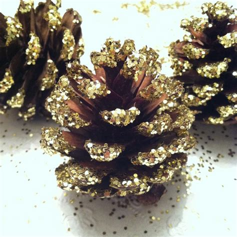 my glitter christmas decorations projects to do