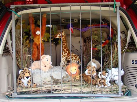 Giant Stuffed Animal Bed 18 Trunk Or Treat Car Decorating Ideas Make It And Love It