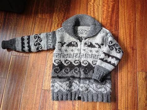 free cowichan sweater knitting pattern 1000 images about maxim cowichan on