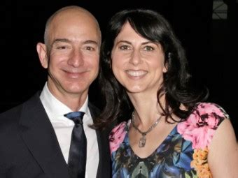 jeff and mackenzie bezos the 10 wealthiest couples in