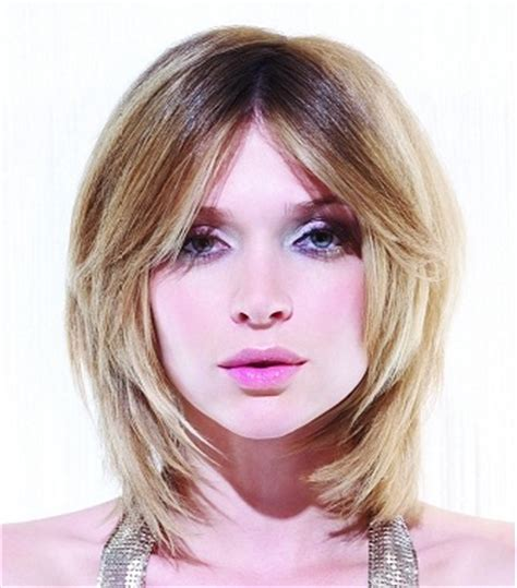 short bob centre part bob hairstyle with a center part more hairstyles