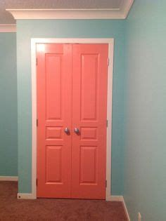 closet doors benjamin coral gables wall colour benjamin shorehouse green trim