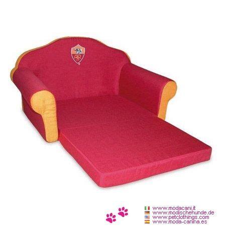 divanetto per cani cuccia a divanetto della roma per cani piccoli cuccia a