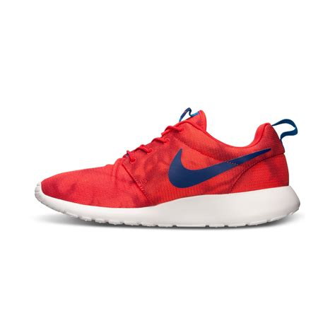 nike mens roshe run print casual sneakers from finish line