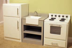wood play kitchen best woodworking plans free lowes play kitchen plans