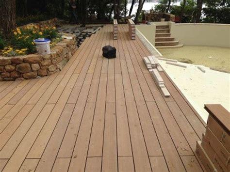 pavimento in legno esterno foto pavimento in legno per esterno di la maison srl