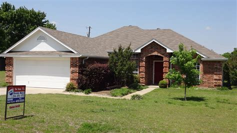 single story home for sale in azle tx