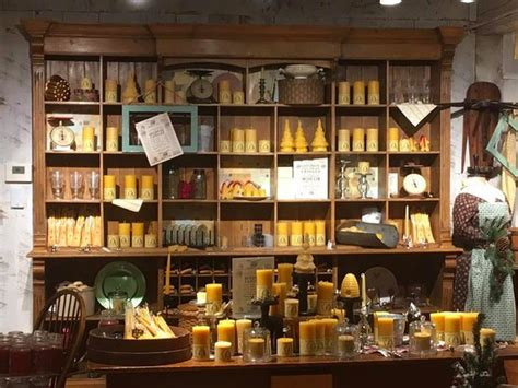 Candle Display by Candle Display Picture Of Yankee Candle Flagship