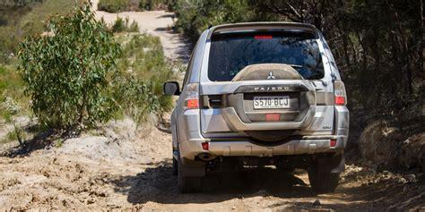 land rover pajero toyota landcruiser prado vs mitsubishi pajero html autos