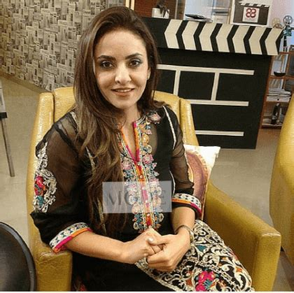 nadia khan coming back after 17 years in pakistani dramas