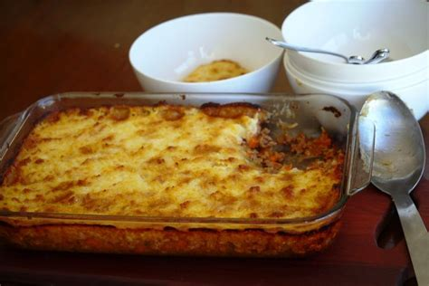 tasty cottage pie cheap cheerful and tasty cottage pie a julie goodwin
