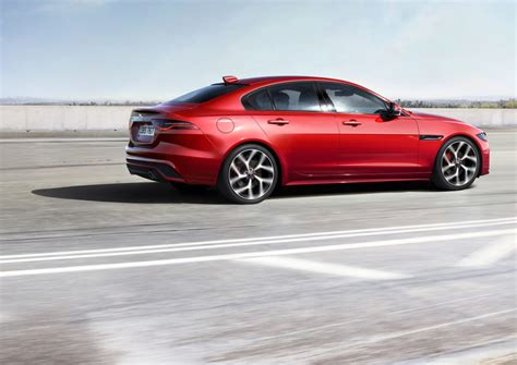 Jaguar Engines 2020 by 2020 Jaguar Xe Gets Updated Styling Drops V 6 And Diesel