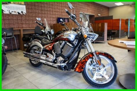 2008 victory kingpin motorcycle limited custom edition paint chrome cruis
