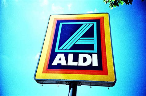 aldi opening times aldi hours and savings