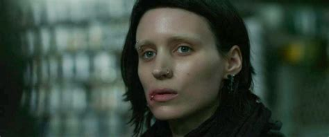 the girl with the dragon tattoo watch online the with the 2011
