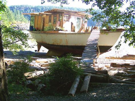 boat house quadra island 18 best mojo houseboat b b on mersea island images on