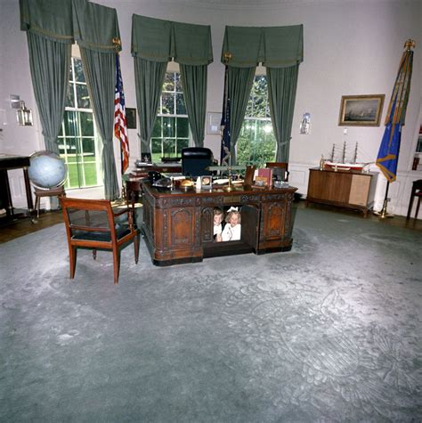 Kennedy Oval Office by Caroline Kennedy Cbk Amp Kerry Kennedy In The Oval Office