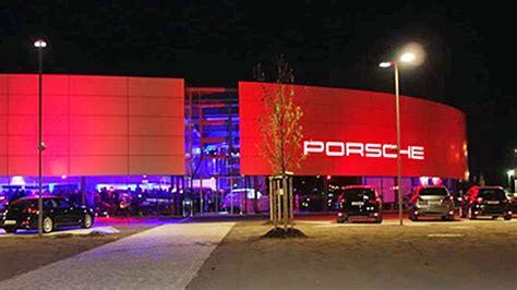 Porsche Zentrum Nuernberg by Neuer 246 Ffnung Porsche Zentrum N 252 Rnberg F 252 Rth Erlangen