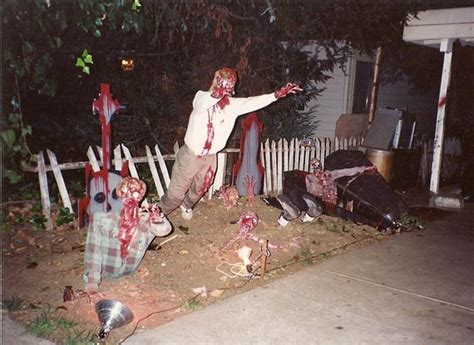 20 zombie halloween decorations ideas magment
