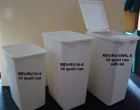 Kitchen Trash Can Sizes by Cabinet Trash Can With Lid Roselawnlutheran