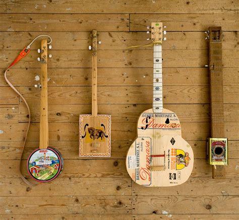 Handmade Instruments - harm goslink kuiper s new album features his