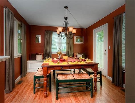 best colors for dining rooms 12 red and green dining rooms for the holidays and beyond