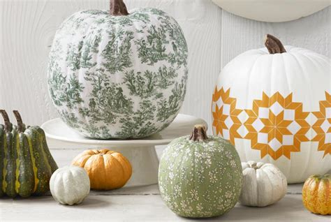 Decoupage Pumpkins - no carve pumpkin decorating ideas for thanksgiving and