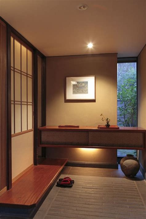 Japanese Foyer by 25 Best Ideas About Japanese Style Sliding Door On