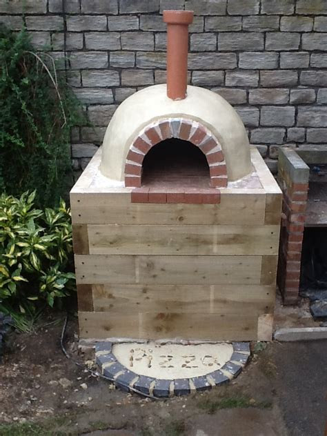 building a pizza oven