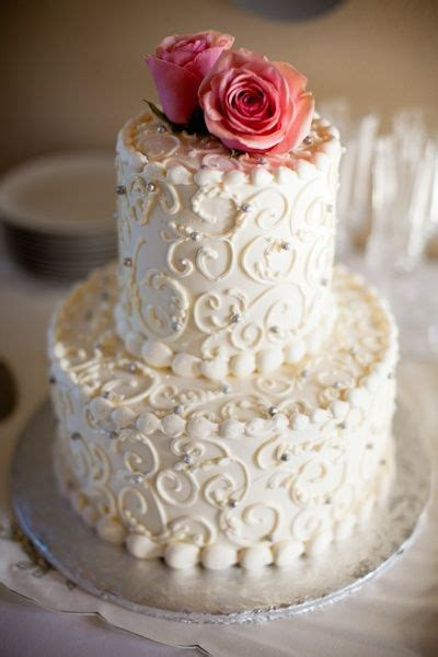 simple wedding cakes to make at home 13 ways with roses for your wedding