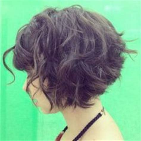 stacked in back brown curly hair pics haircut sles on pinterest stacked bob hairstyles