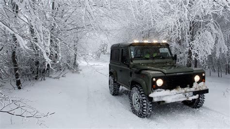 Best Trucks For Snow Driving