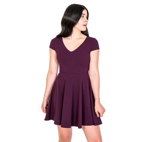 Dresses for Juniors with Sleeves