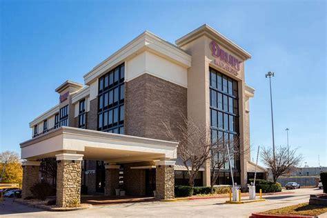 Hotels Morrow GA