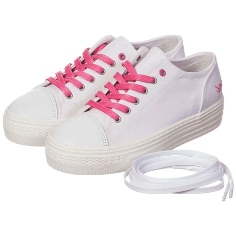 Teen Shoes in Canvas