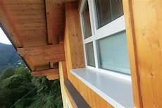 davanzali in legno per finestre i davanzali per cappotto termico bloccano le dispersioni