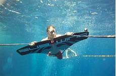 voler sur l eau 94442 vid 233 o du jour voler sous l eau c est possible