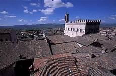 gubbio web villa for rent in spoleto umbria italy