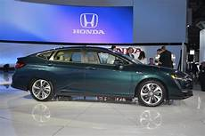 honda expands clarity lineup with new phev ev in new york