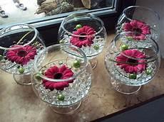deco chetre anniversaire deco florale table anniversaire