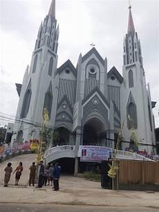 Album Pemberkatan Katedral St Penolong Abadi