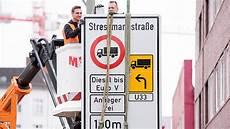 Luftverschmutzung Erste Diesel Fahrverbote In Hamburg