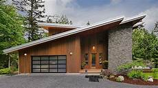 4 stylish homes with slanted 1000 images about modern cabin on
