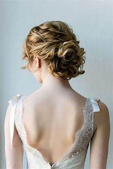 Wedding Hairstyles For Wavy Hair