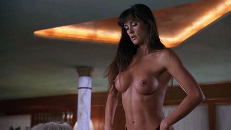 La Demi Nude