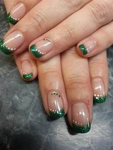 love love them happy march st pattys nails spring nails