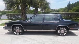 1986 Cadillac Sedan Deville  Classic DeVille